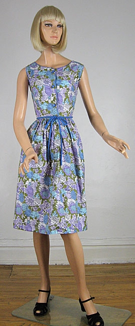 Gorgeous Floral 60s Garden Party Summer Dress