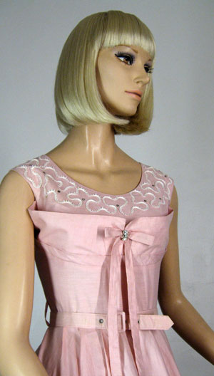 Shelf Bust Vintage 50s Full Skirt Pink Party Dress