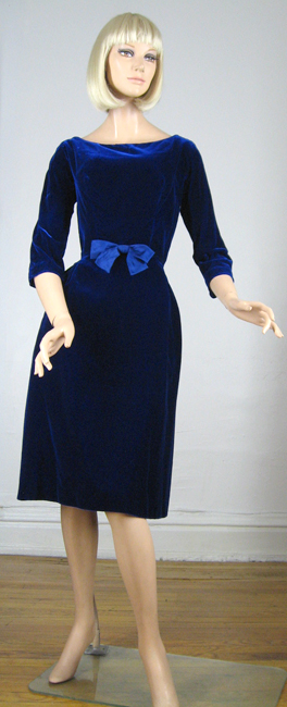 Blue Velvet Vintage 60s Suzy Perette Cocktail Dress
