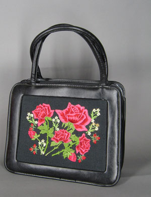 Cute Little Vintage '60s Appliqu� Rose Handbag