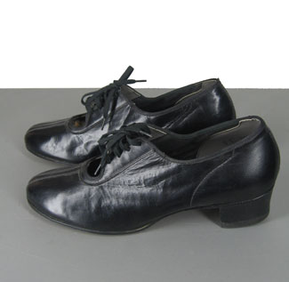 Chic Feminine Vintage 50s Lace Up Oxford Shoes