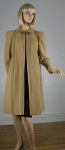 Sublime Vintage 40s Camel Colored Wool Swing Coat